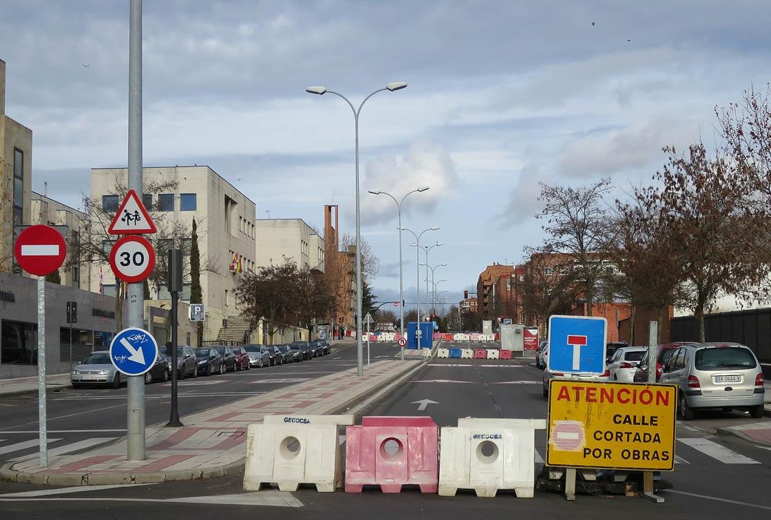 calle en obras para articulo de miguel